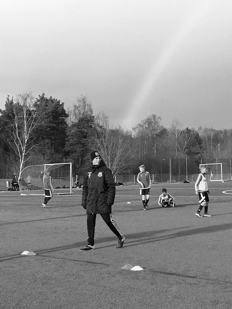 Rainbow-Sweden-Football-Sergi